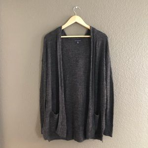 American Eagle — Gray Hooded Knit Cardigan